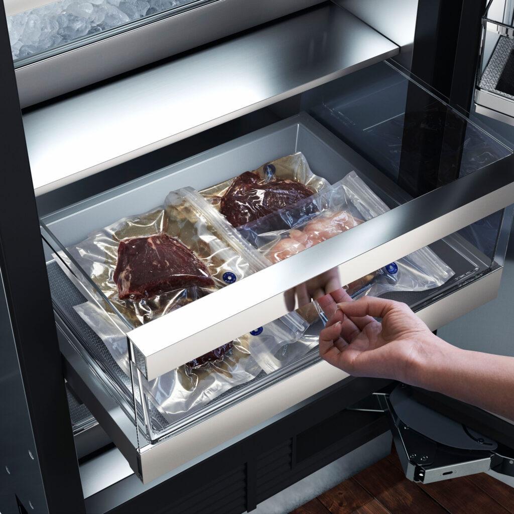 Ravasy_Signature Kitchen - 24 inch FRColumn_LiftGoBins_62